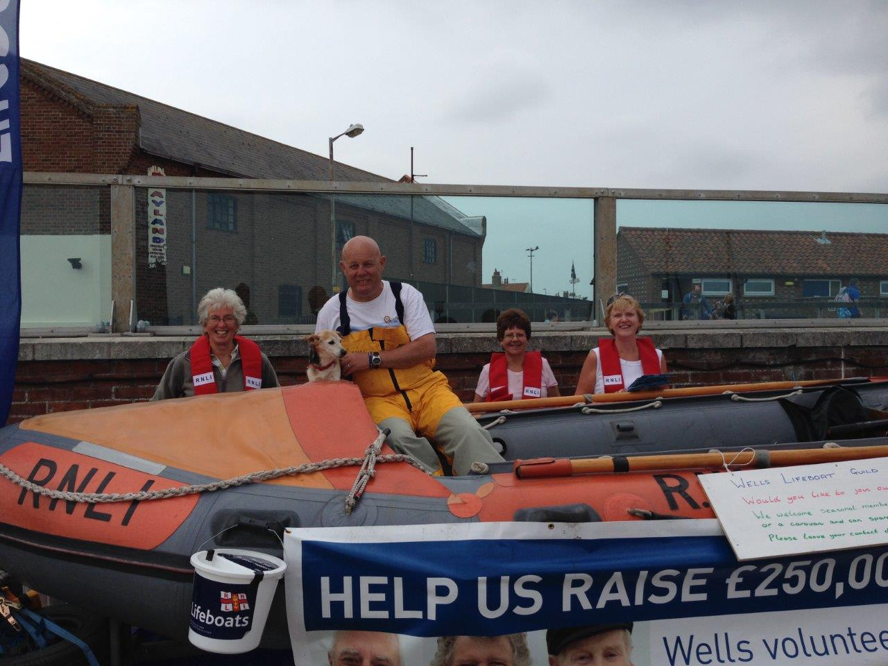 The guild with the demonstration ILB fundraising on the quayside