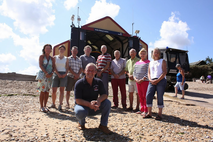 Coxswain Allen Frary with local B&B owners who are fund-raising for the Shannon appeal