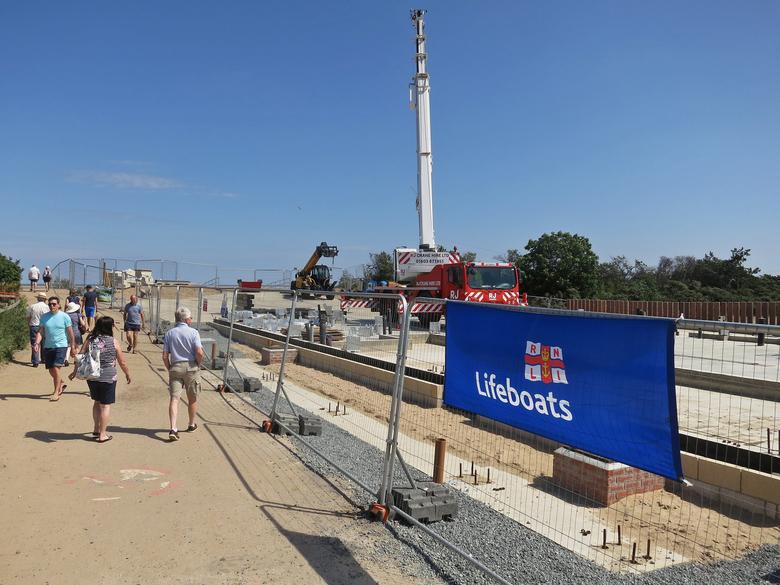 New crane setup on site for lifting the building frame