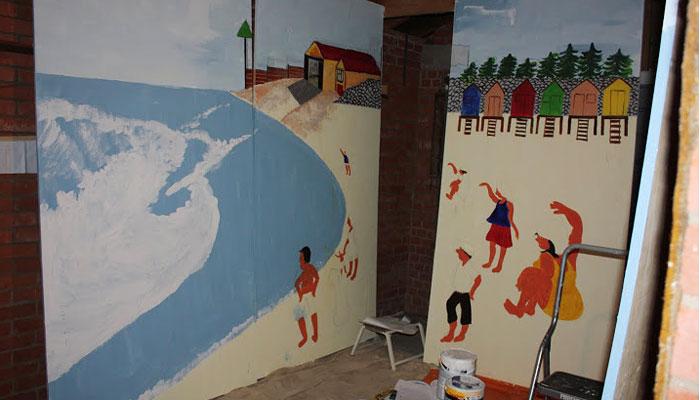 New quayside hoarding taking shape with Hazel Ashley figures