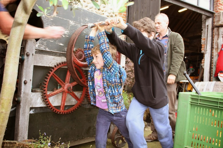Special edition Shannon Lifeboat cider pressing