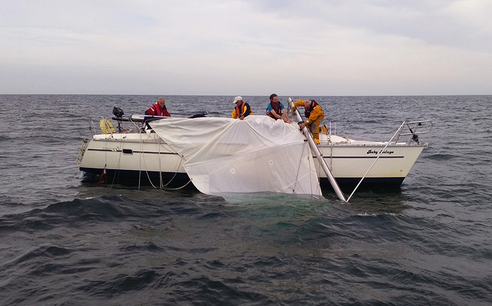 Recovering the rig on <I>Baby Beluga</i>, 18 August 2016