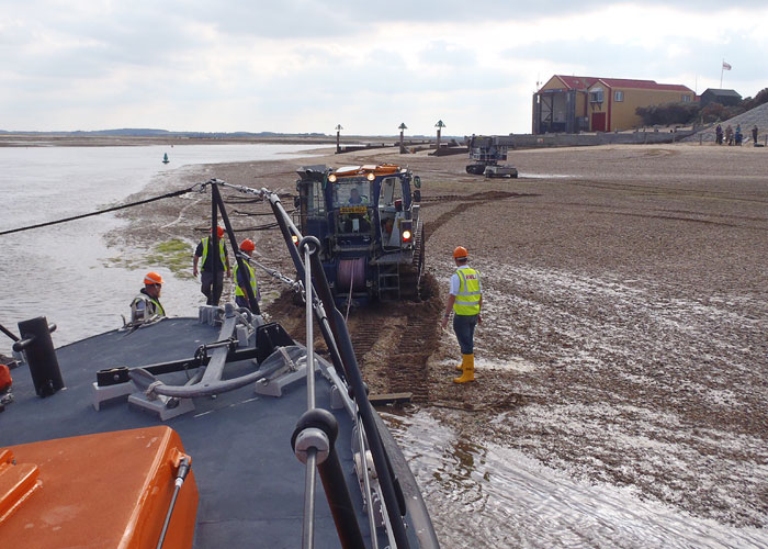 Recovering the lifeboat after service to MFV Comrade, 29 September 2015